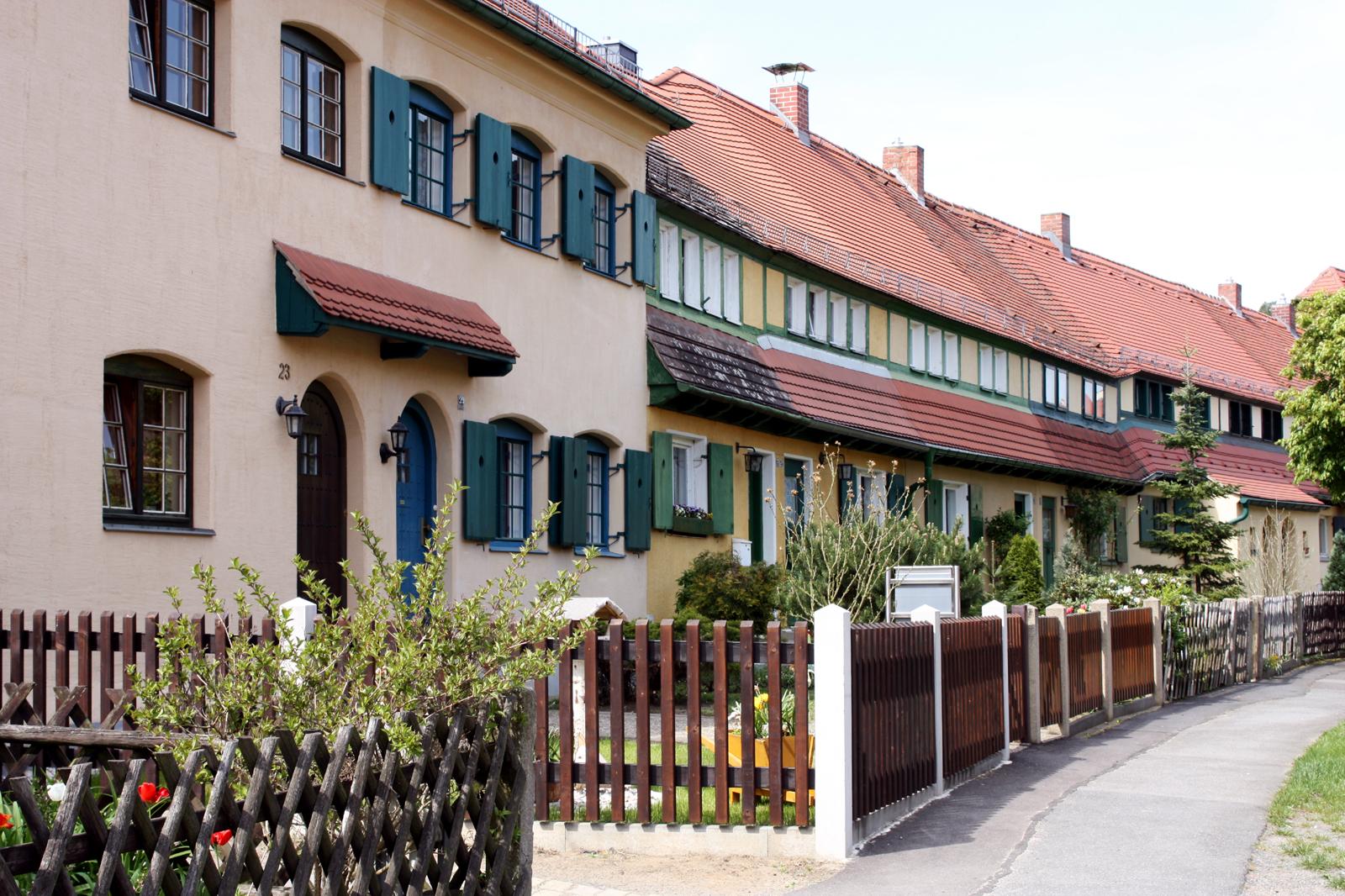 """Reiseführer """"Vieltausend Augen-Blicke"""" - dgap-afr: bet-at-home.com ag: preliminary  - globenewswire Sächsische Dampfschiffahrt"""